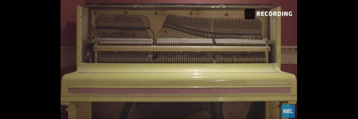 Piano Teaser
